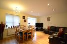 Apartment in Crowthorne Road...