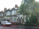 Chigwell Road Flat to rent