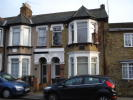 1 bedroom Ground Flat to rent in Chigwell Road, Chigwell...