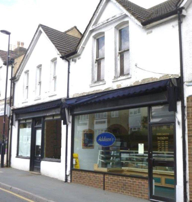 2 Bedroom Retail Property (high Street) For Sale In 22