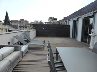 Penthouse for sale in Catalonia, Barcelona...