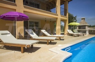 4 bed Detached Villa for sale in Istria, Marcana