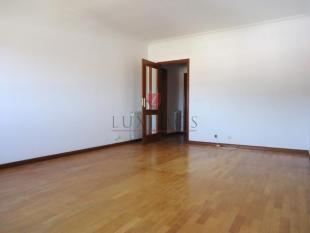 Apartment for sale in Arcozelo, Porto...