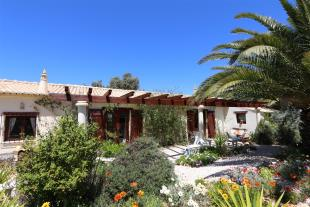 3 bedroom Villa for sale in Espiche, Luz...