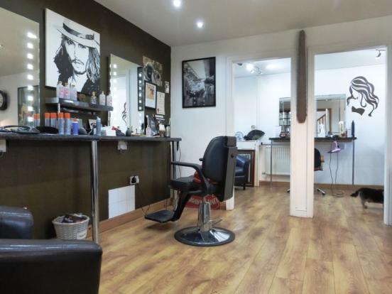 Main Front Salon