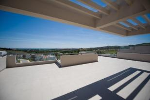 2 bed Apartment for sale in Los Arqueros, Benahavis...