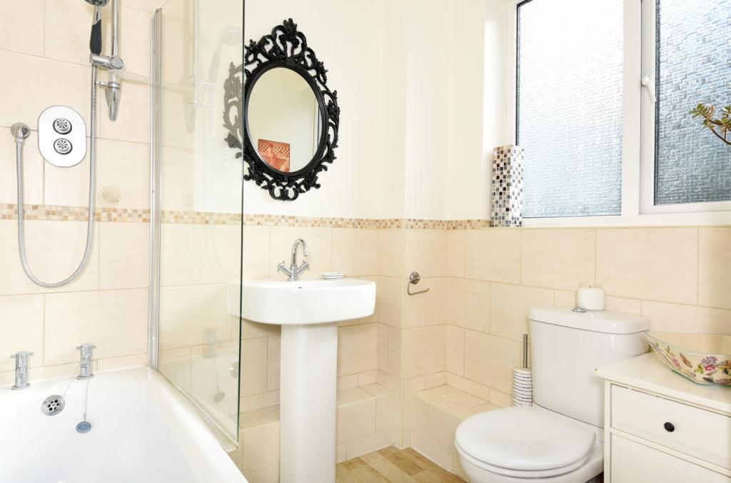 Bathroom1