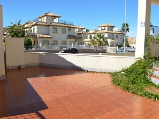 Ground Flat for sale in Valencia, Alicante...