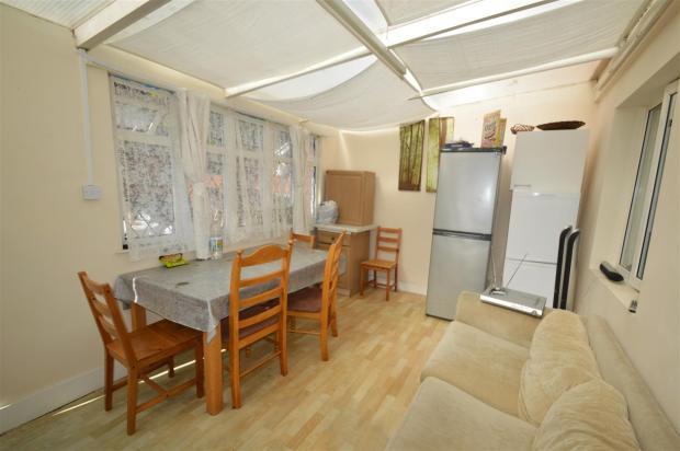 Sun Room (2).JPG