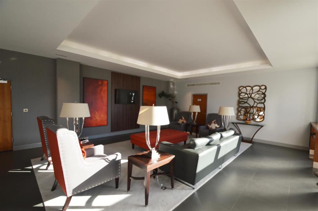 Example Lounge.JPG