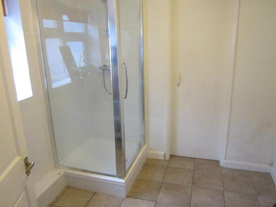 UTILITY/SHOWER ROOM