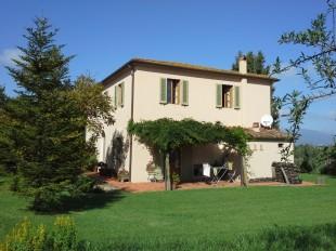 Country House in Tuscany, Pisa, Lari