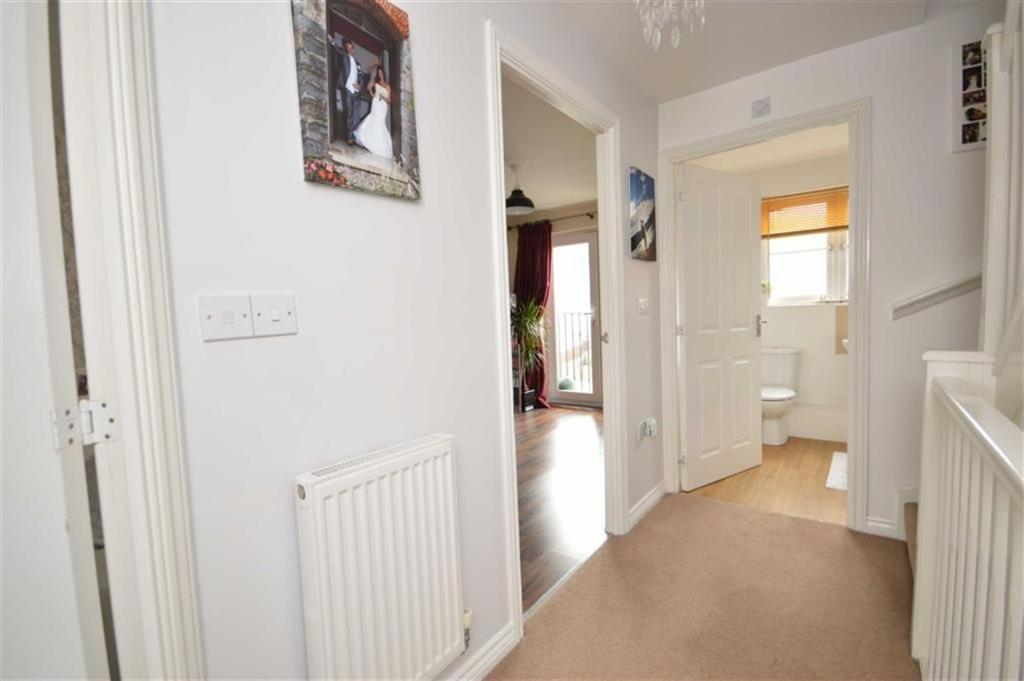 3 Bedroom Town House For Sale In Gors Avenue Townhill