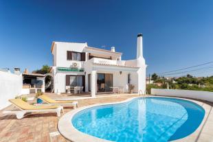 3 bedroom Villa for sale in Lagoa e Carvoeiro...