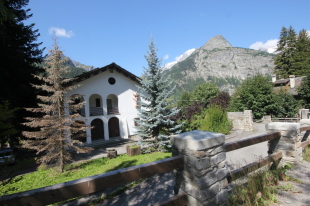 Stately Home in Valle d`Aosta, Courmayeur