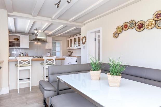 Kitchen/Breakfast Room Alt