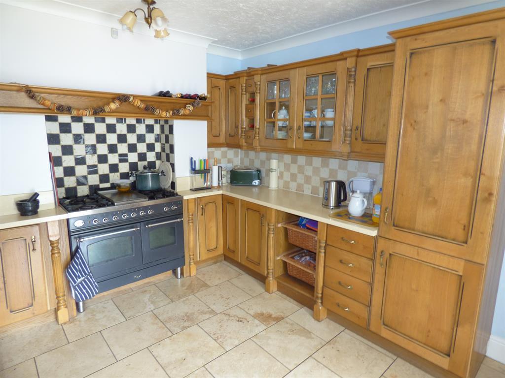 Kitchen Alt