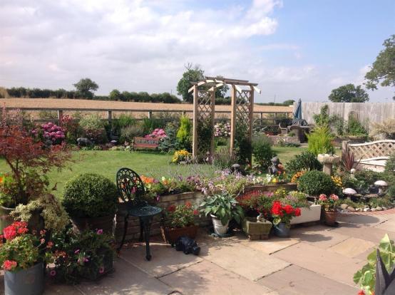 Garden and Views Alt