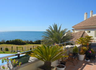 3 bed Penthouse for sale in Costa del Sol, Estepona...