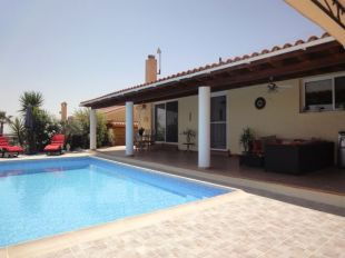 Bungalow for sale in Paphos, Polemi