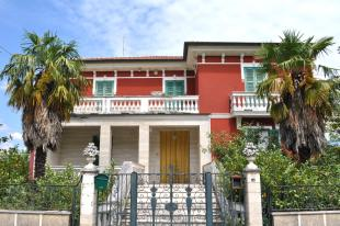 Atina house for sale