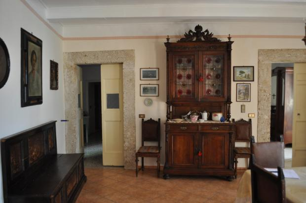Main salon