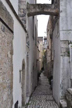 Lane to property