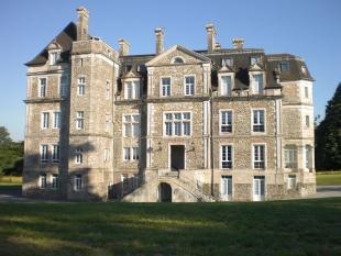 Escos Castle