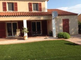 4 bed Detached property in Provence-Alps-Cote...