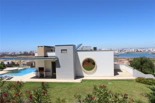 3 bedroom Villa for sale in Ferragudo,  Algarve