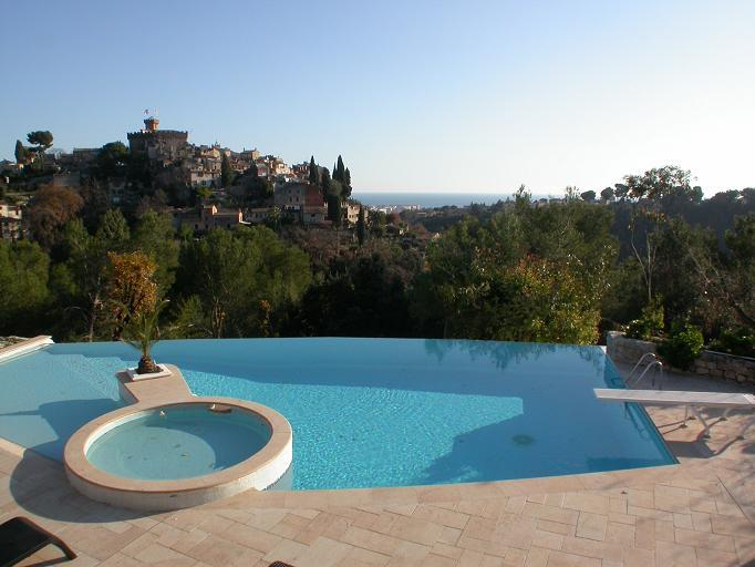 8 bed house in Cagnes-sur-Mer...