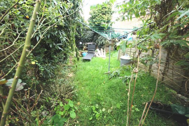 30 Seabourne Garden.