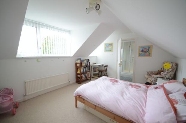 Bedroom 2 (FF)