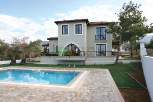 3 bed Villa for sale in Esentepe, ...