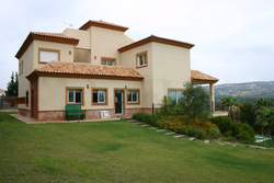 5 bed Villa for sale in Andalusia, C�diz...