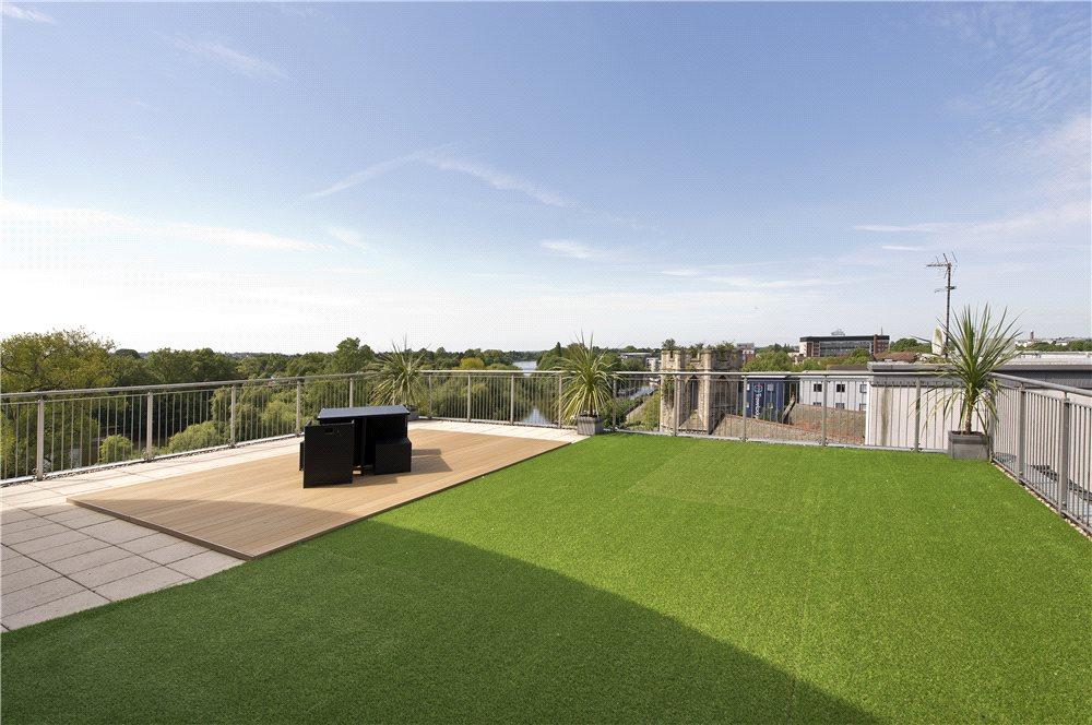 Roof Terrace Two