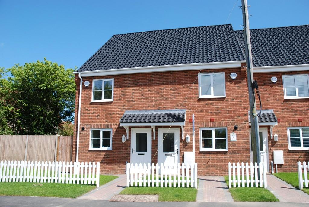 3 bedroom town house for sale in plot 2 applewood carlton colville nr33