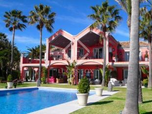 6 bed Villa for sale in Spain, Marbella...
