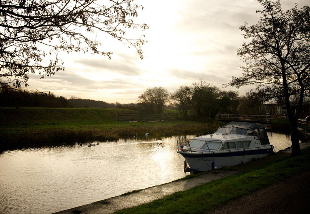 Tarleton Lock at dusk