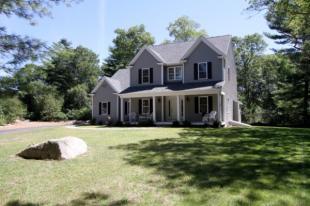 4 bedroom property in USA - Massachusetts...