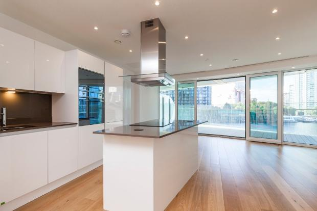 2 Bedroom Apartment For Sale In Baltimore Tower Docklands E14 9rh E14