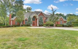 house for sale in USA - New Jersey...