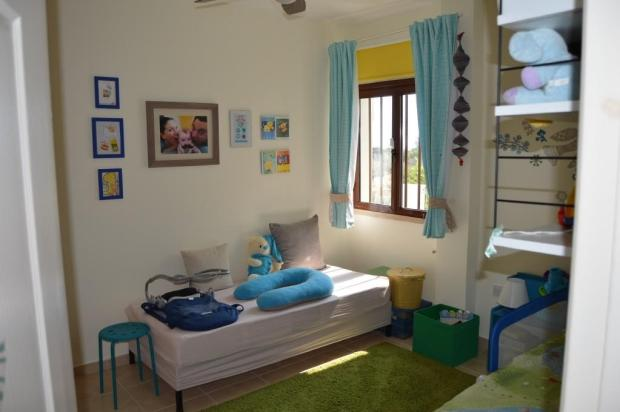 Bedroom 1 - back