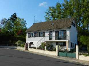 5 bed Detached house for sale in Normandy, Calvados...