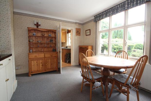 Morning Room showing door to Kitchen