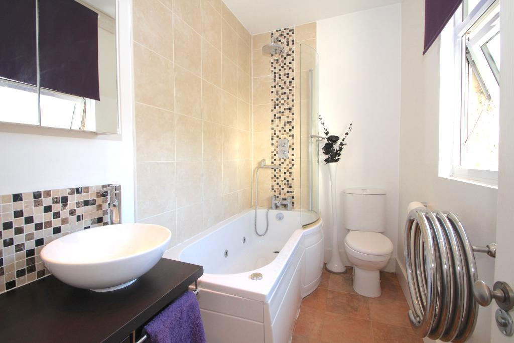 Luxury Batroom with shower