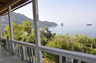 Village House for sale in Ionian Islands, Corfu...
