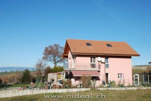 4 bed property in Vaud