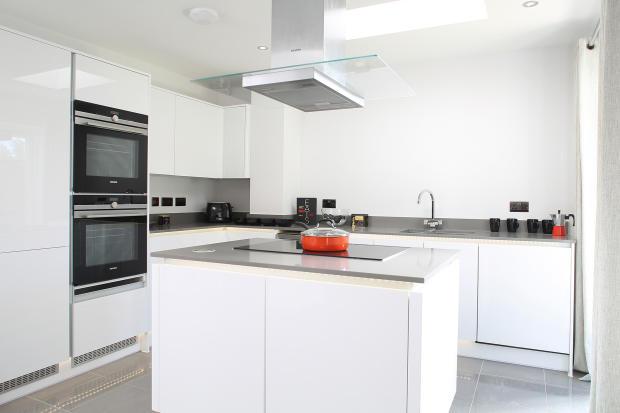 Montagu_kitchen_1