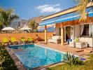 4 bed Villa in Playa de la Arena...
